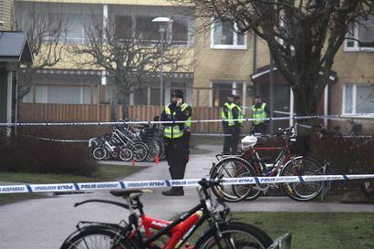 34-årige Mesut Sahindal sköts ihjäl av polisen i Uppsala. En oroande utveckling med allt fler dödsskjutningar, menar polisförbundet, som vill att man inför elpistoler i yrket.