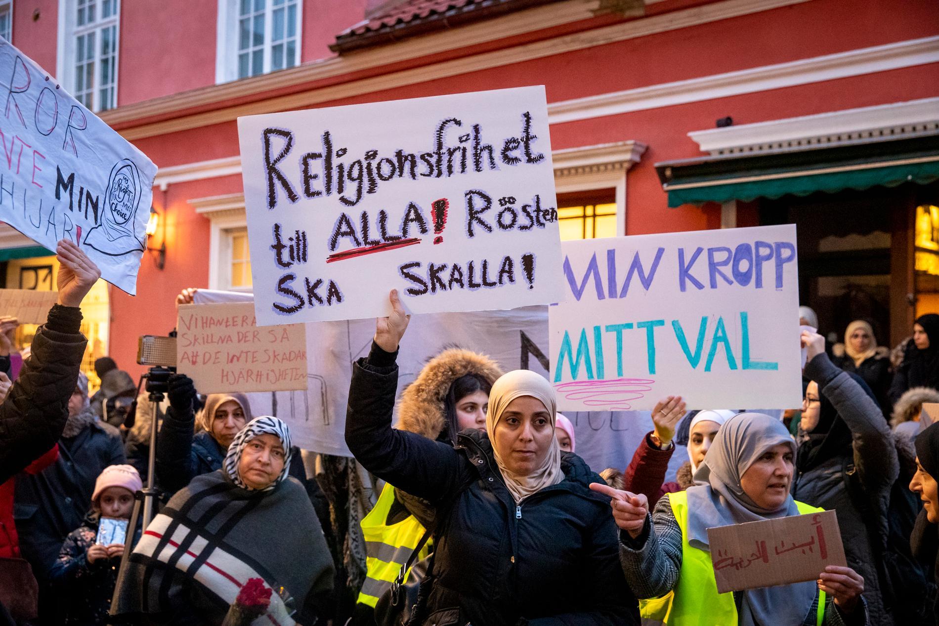 Malmös unga muslimer höll en manifestation på mådagen.