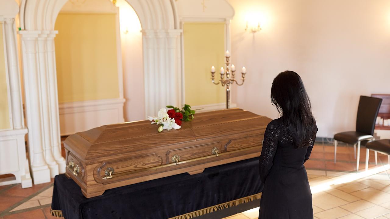 Ensambegravningar blir allt vanligare i Sverige.