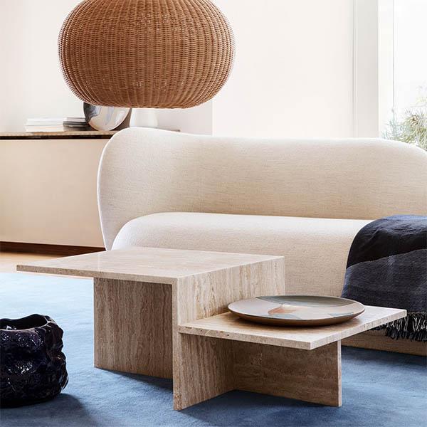 Travertin blir ett av trendmaterialen nästa år. Soffbord, 12 895 kr, Länna möbler.