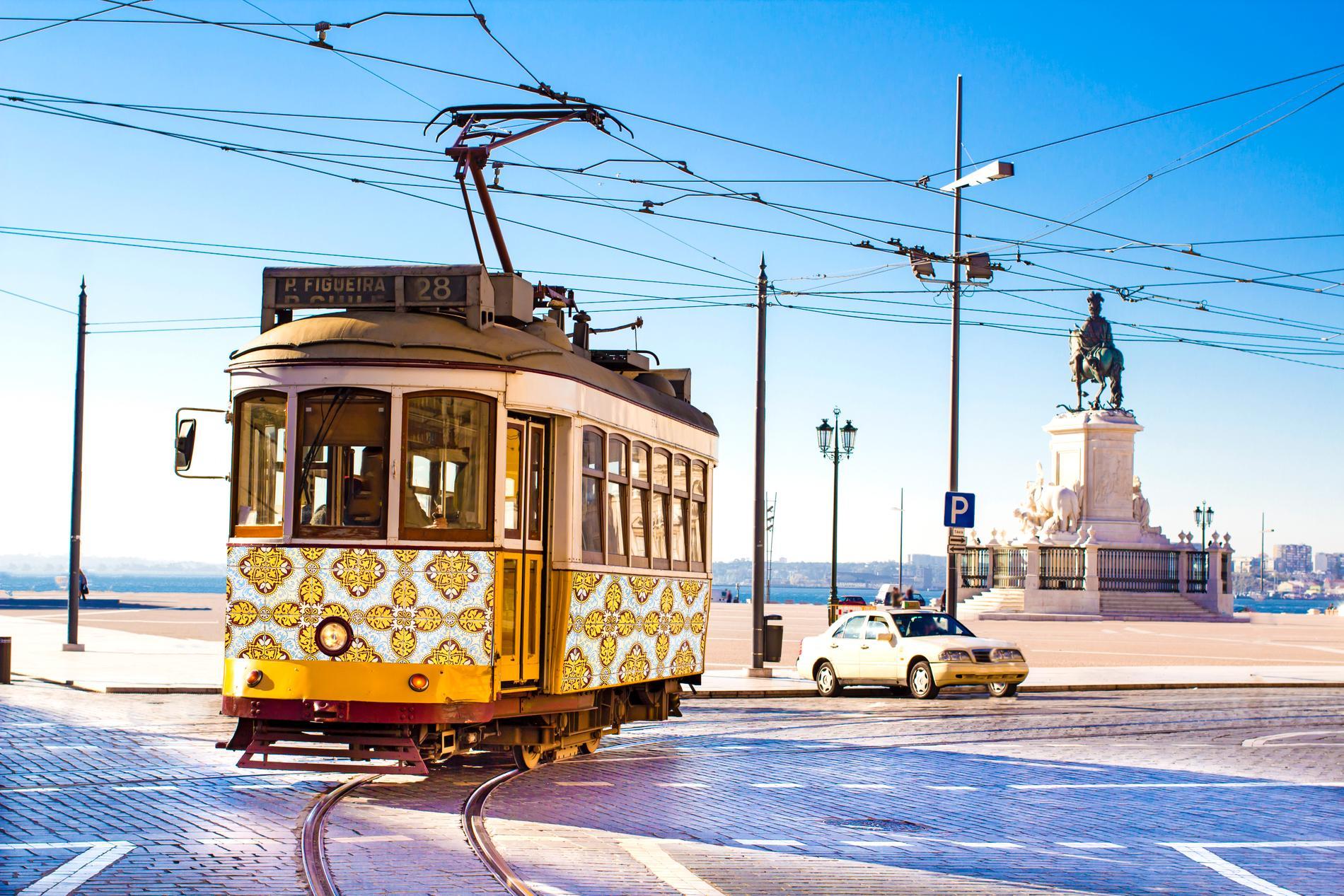 I Lissabon finns det många spårvagnar.