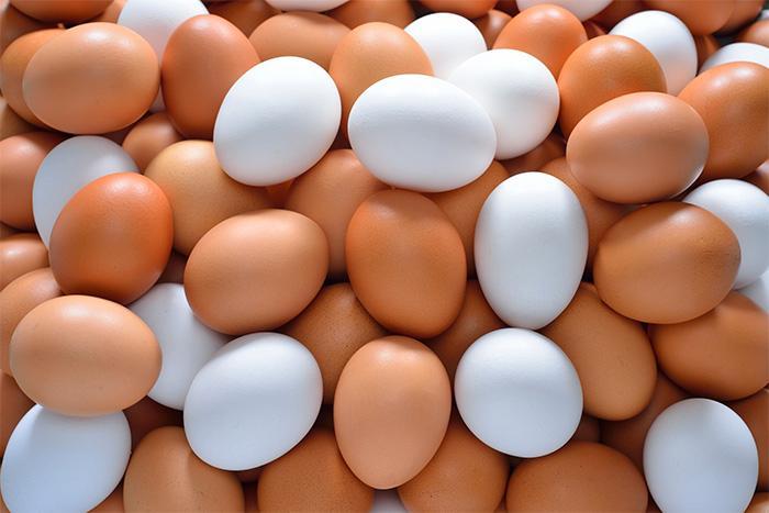 Bruna och vita ägg – vilka föredrar du?