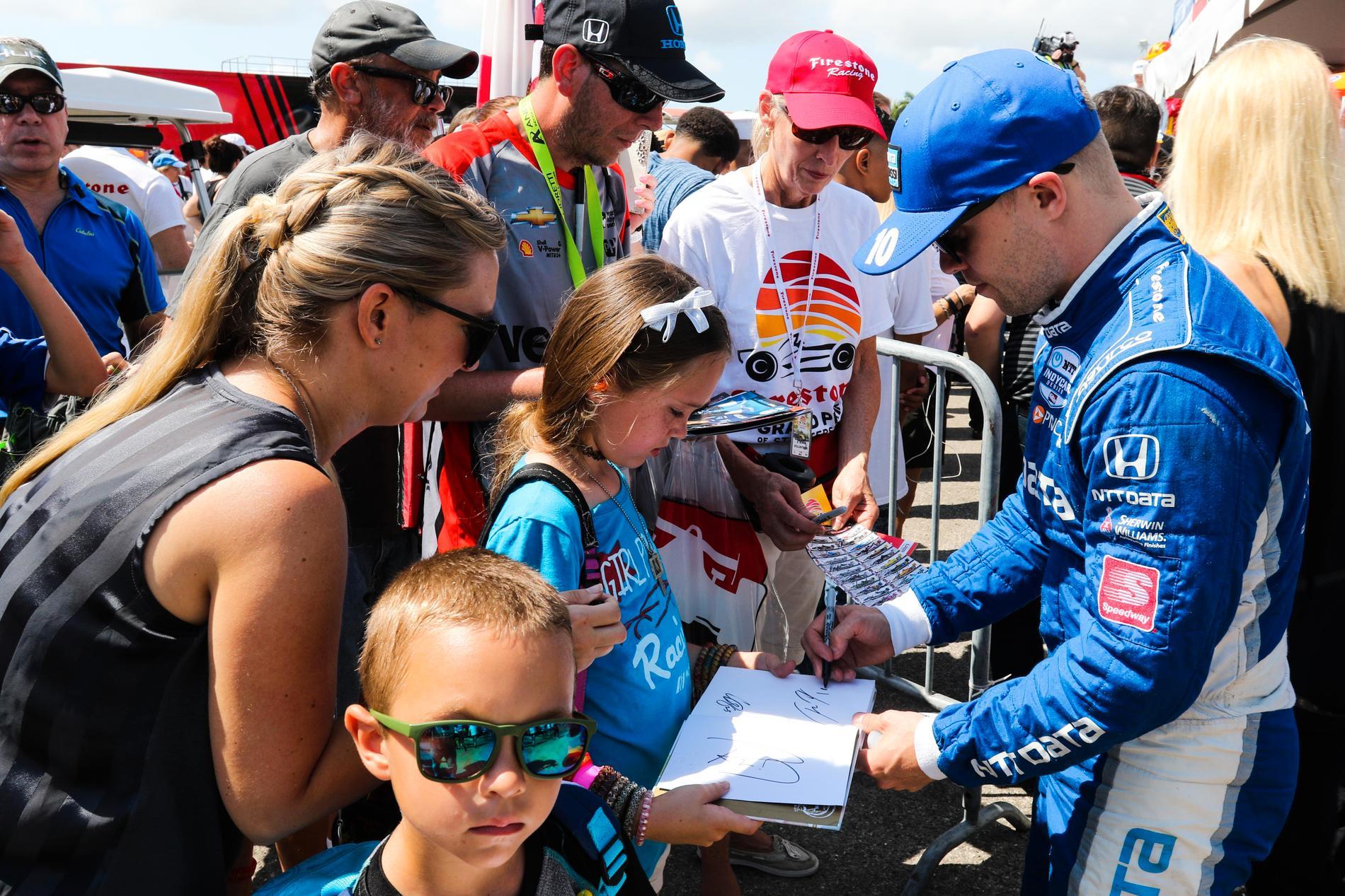 Alla datum tider och kval till Indy 500 2019 - Felix Rosenqvist kommer att få skriva många autografer