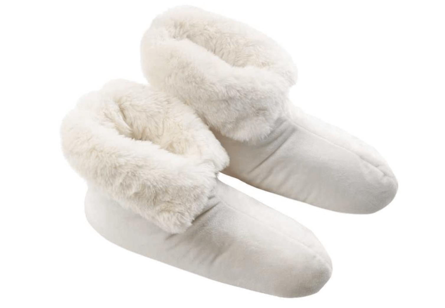 Vita tassar för fötterna.