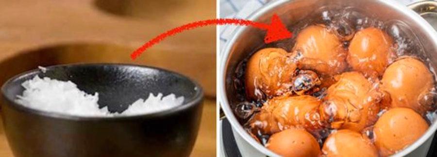 Det finns ett enkelt knep som hindrar att äggen spricker.