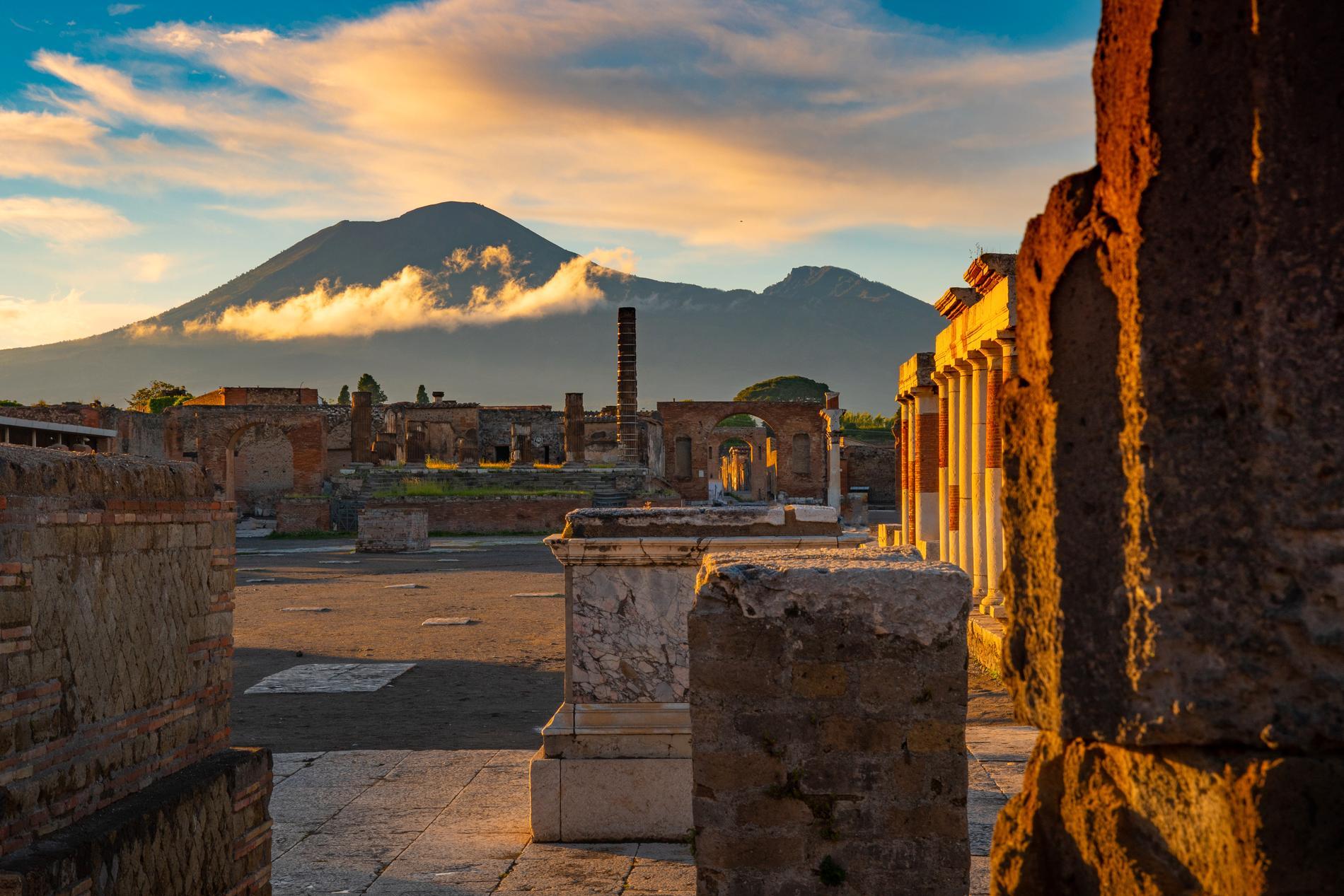 För hundratals år sedan förstördes Pompeji efter ett vulkanutbrott.