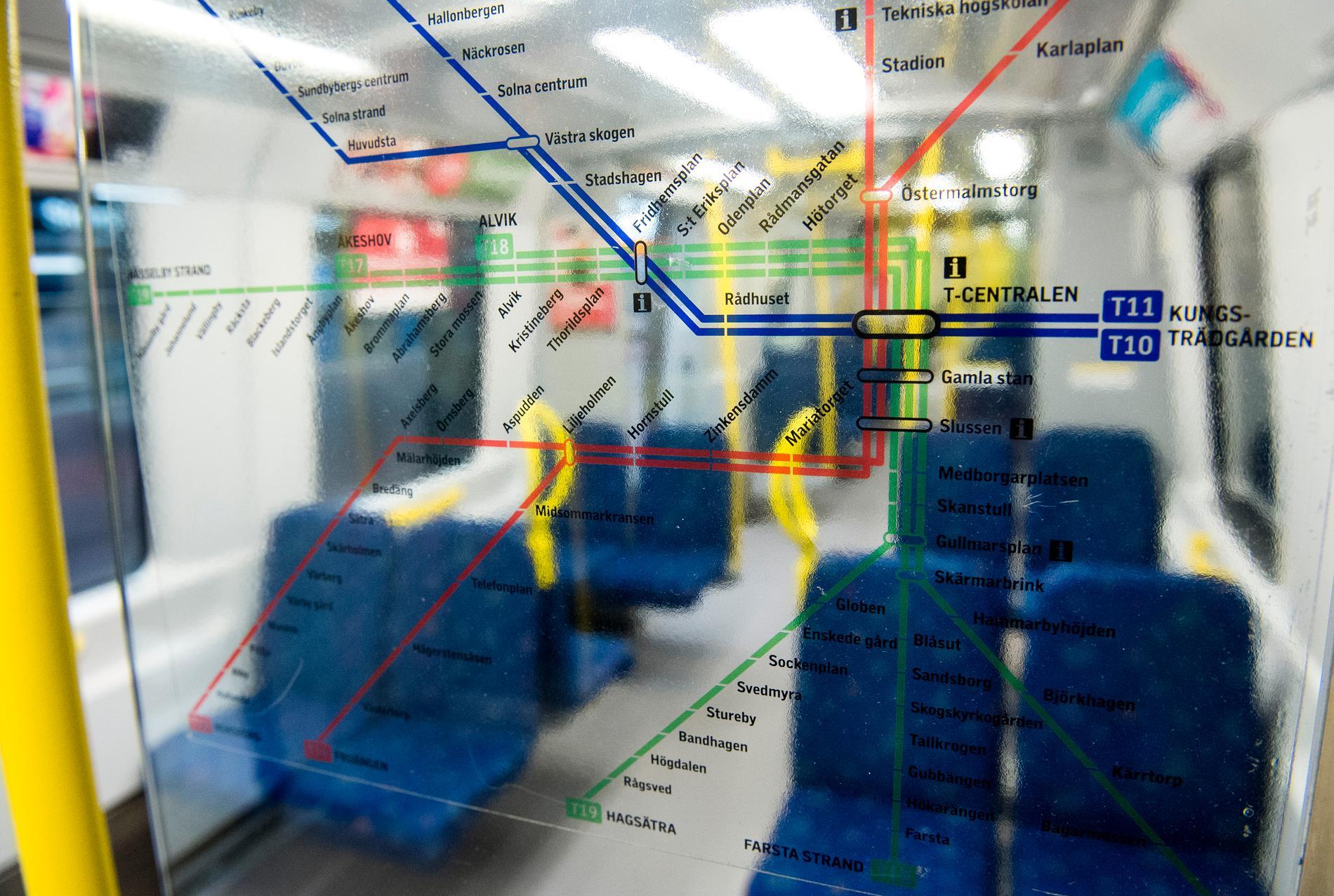 Det har varit stopp i tunnelbanetrafiken på gröna linjen. Arkivbild.