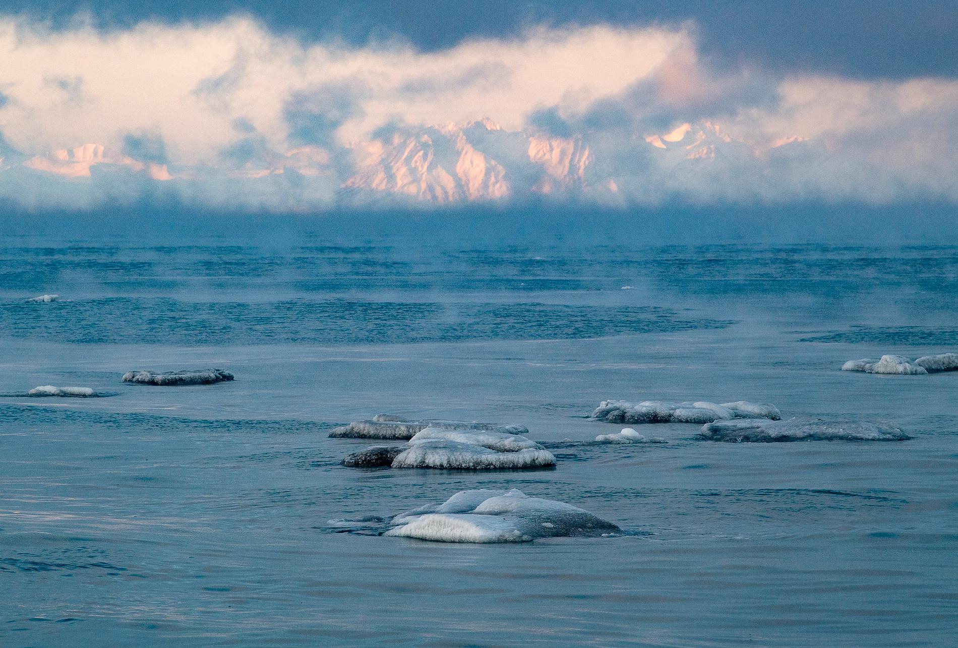 Arktis isar smälter.