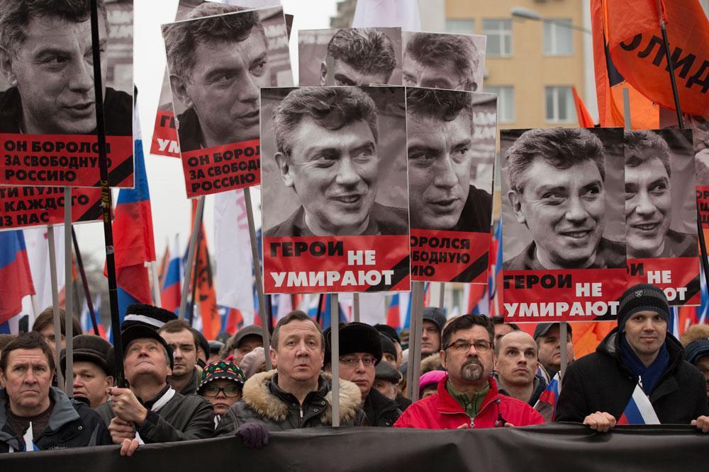 Många samlades i Moskva för att hedra Boris Nemtsovs minne.