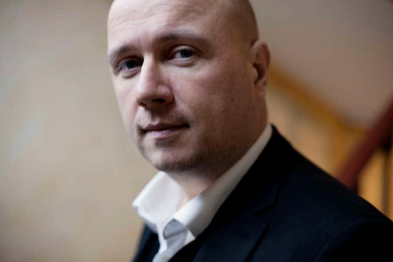 Torbjörn Elensky (född 1967), författare.