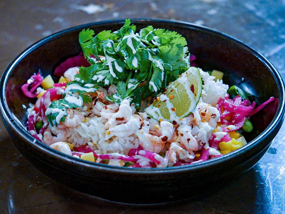 Komponera din egen bowl till lunch på Klang Market.