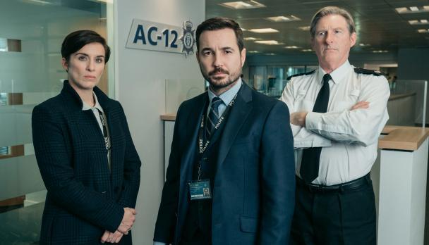 "Vicky McClure, Martin Compston och Adrian Dunbar i ""Line of duty""."