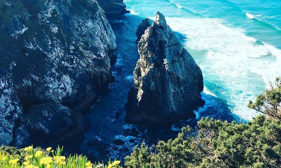 Cirka 30 minuter norr om Lissabon ligger Sintrakusten med sin  svindlande utsikt.