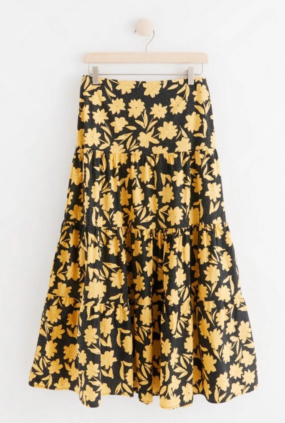 Mönstrad kjol från Lindex.