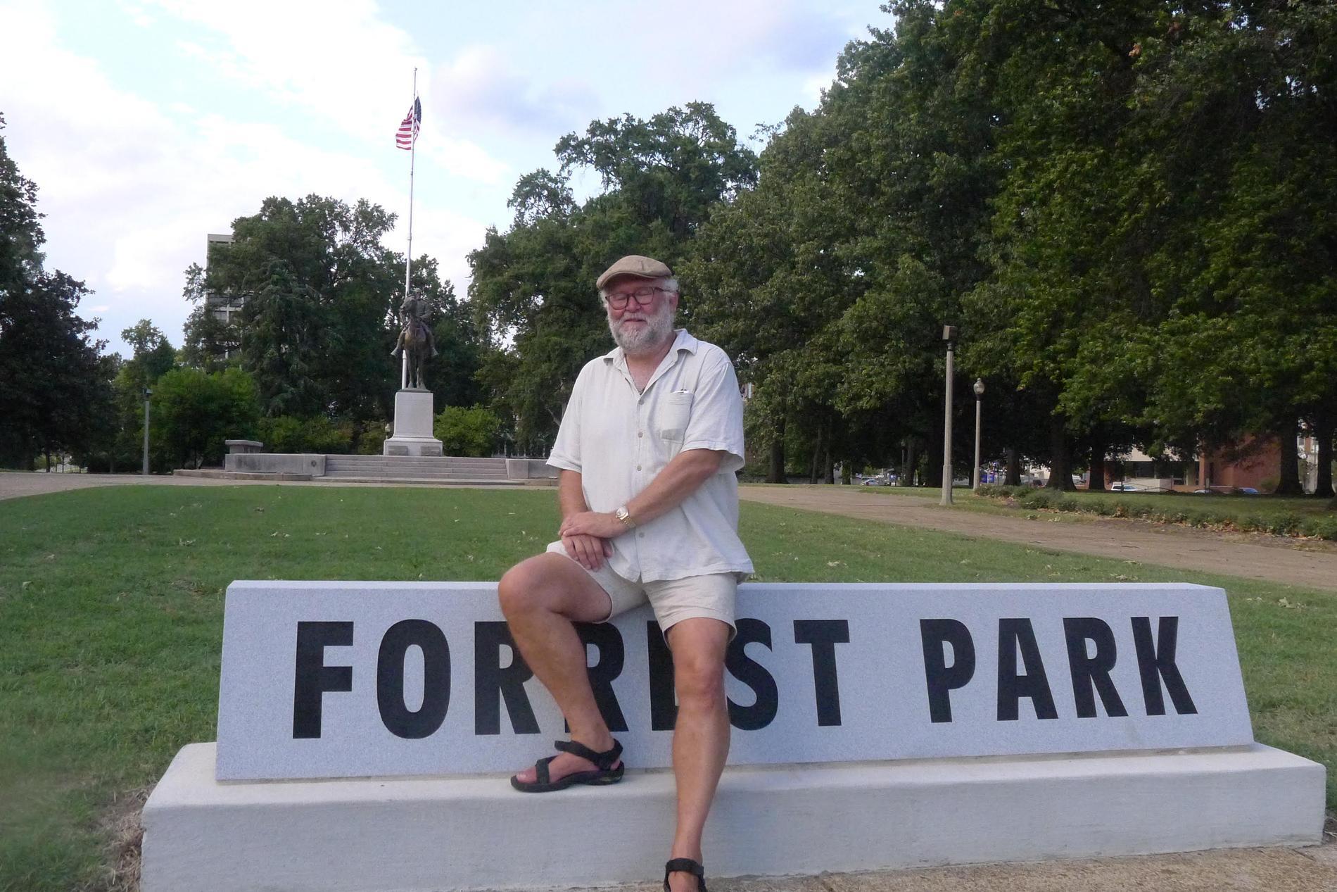 Svanté Lidén på plats i Forrest Park