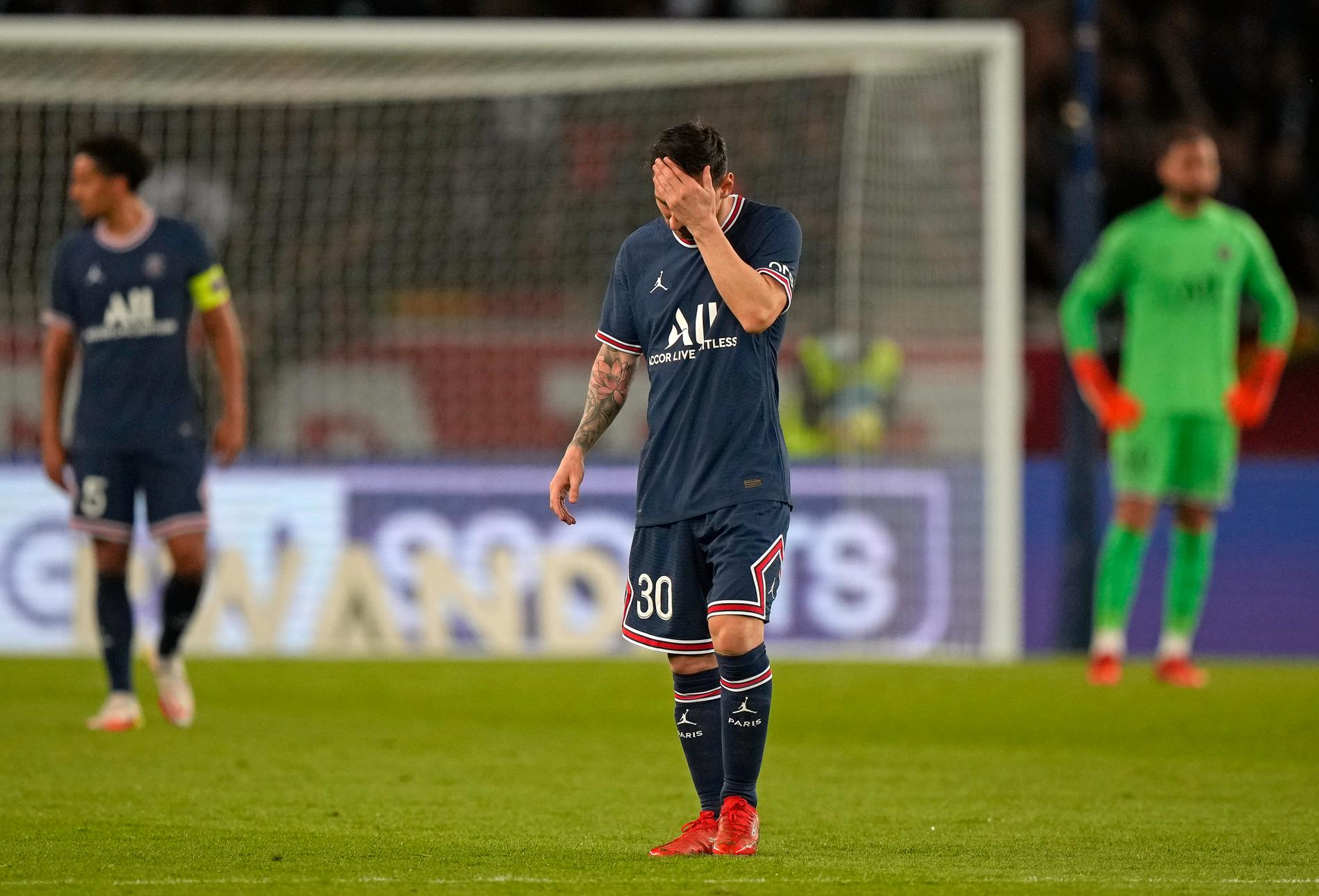 Linoel Messi har ont i knäet. Arkivbild.