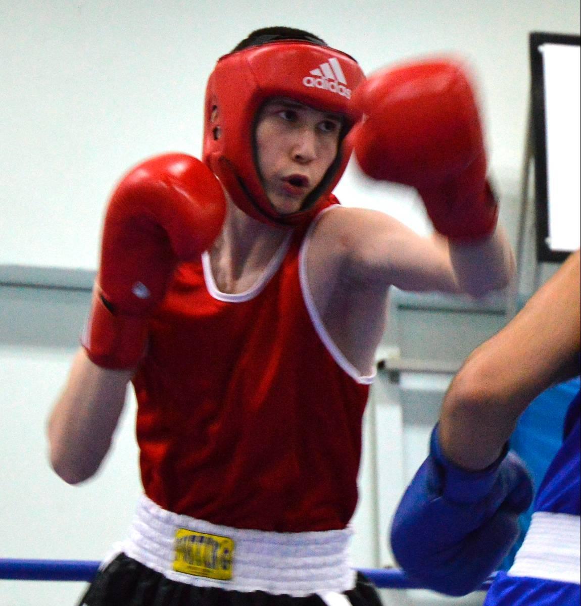 Som 17-åring tog Laziz Sharifov hem en silvermedalj på boxnings-SM – för seniorer.
