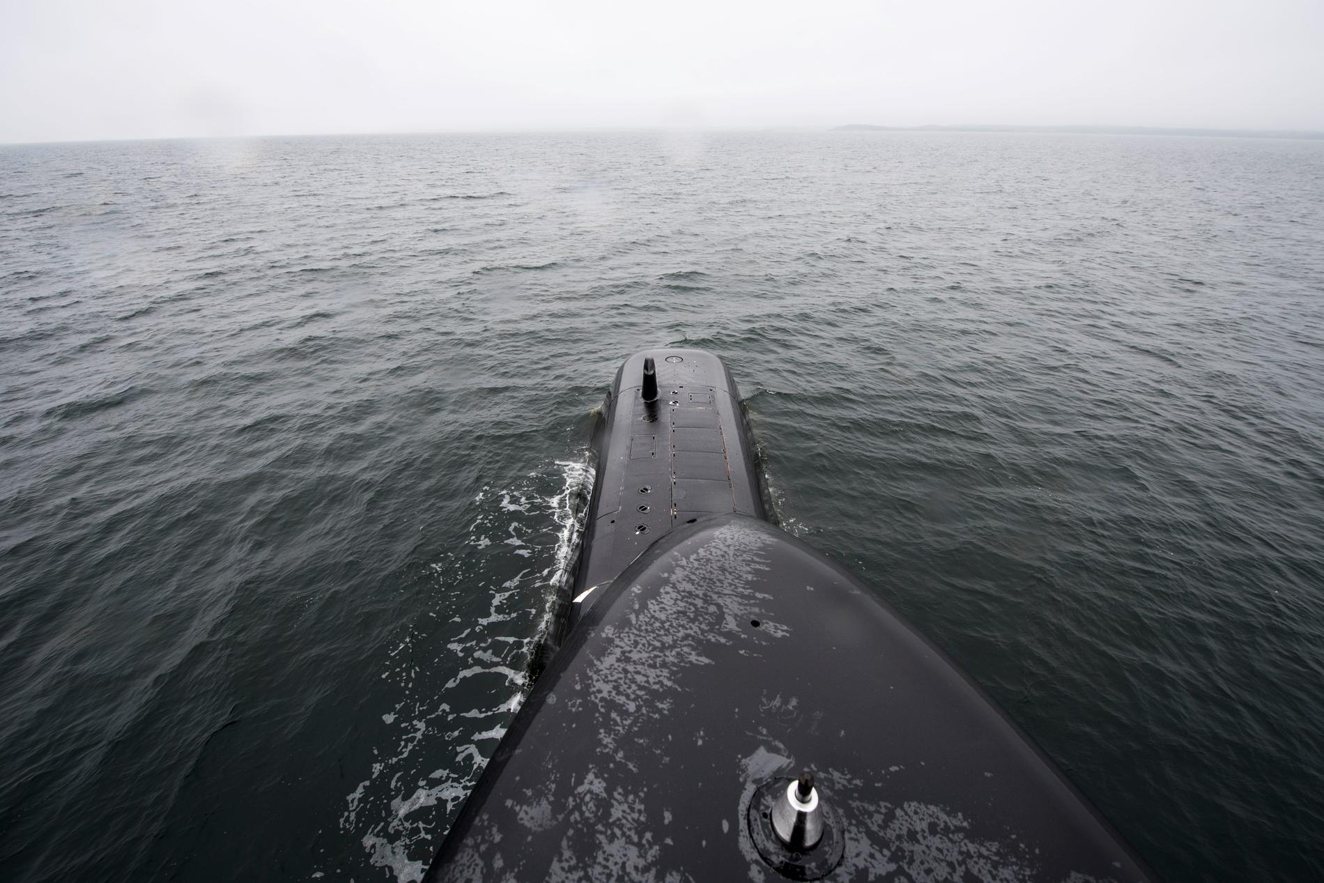 En svensk ubåt deltar i övningen. Arkivbild