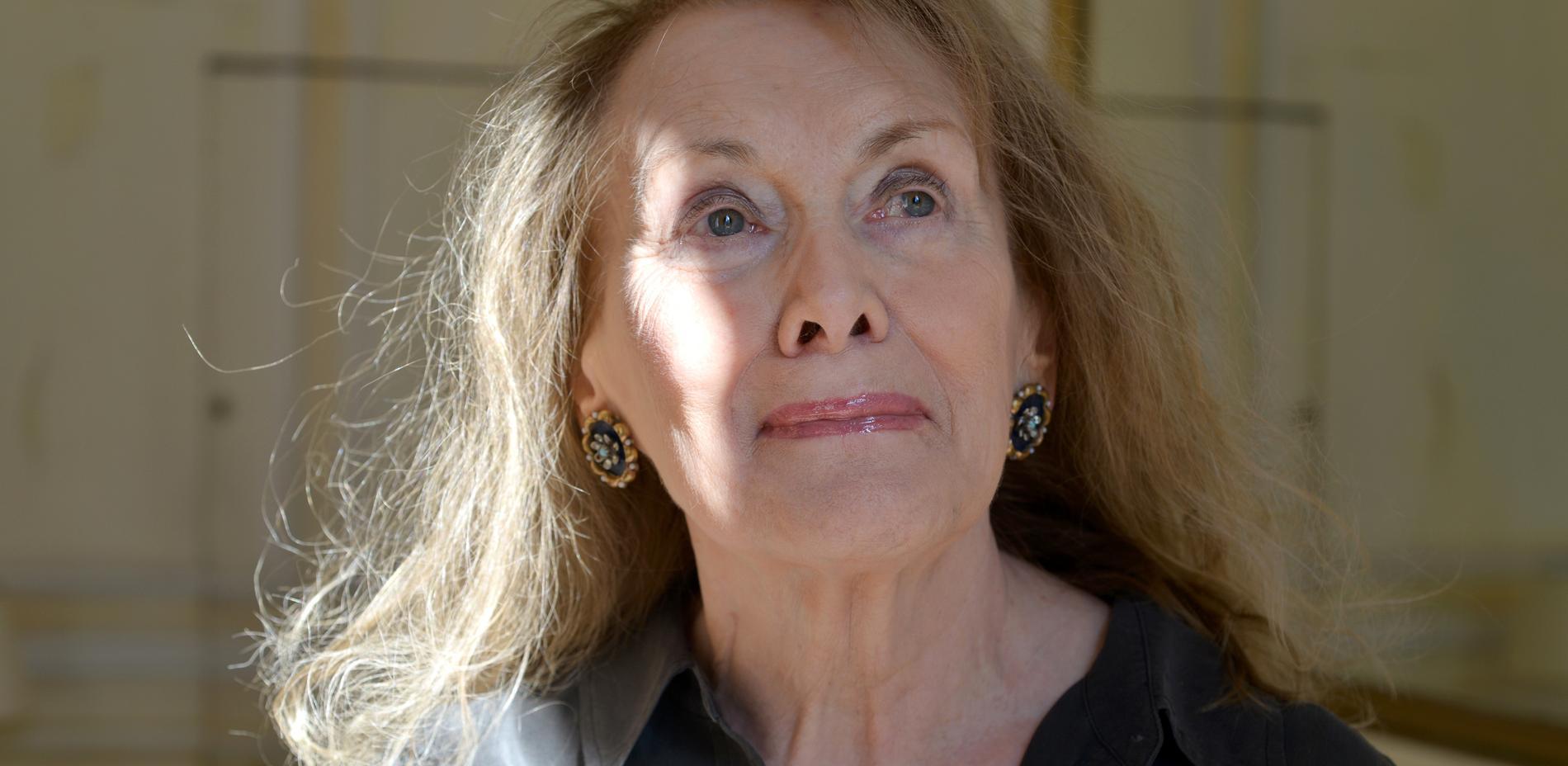 Annie Ernaux (f 1940).