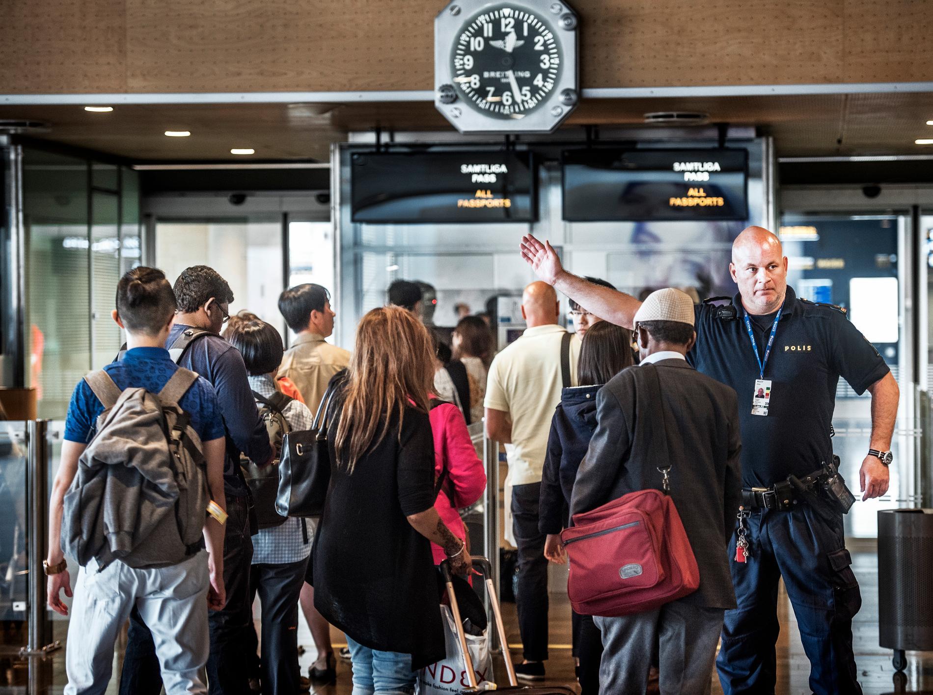 Enligt Kvällsposten, som tagit del av rapporten, är situationen värst på Arlanda flygplats i Stockholm. Arkivbild.